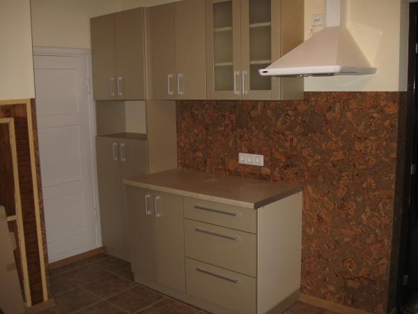 Kakaviniai virtuvės baldai